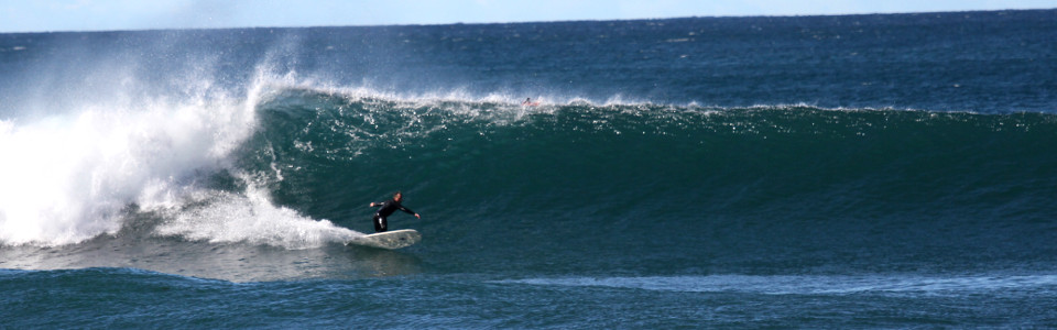 Mollymook NSW South Coast, excellent surfing beaches, clean sands & clear waters